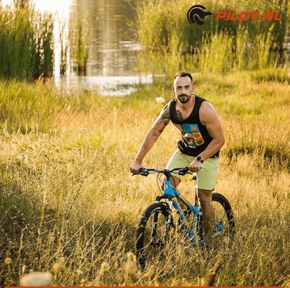 Bicikleta Mountain Bike